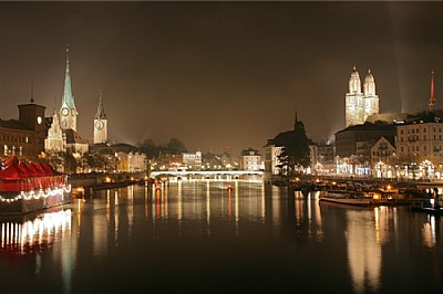 Zuerich by night