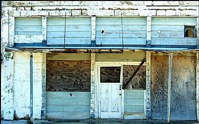 Earlsboro Shop front