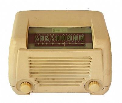 """""""Vintage Radio 1947"""""""