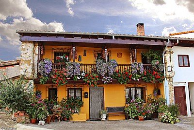 House in Los Tojos. Casa en Los Tojos.