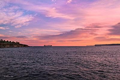 Anclado frenta a Cabo Menor - Anchored opposite cabo Menor