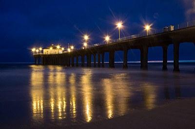 Manhattan Beach Pier after dark