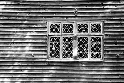 Diamond Pane Window